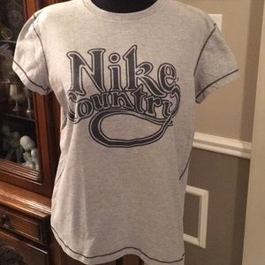 Nike Country Top